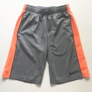 Boys Nike Shorts- Size Small EUC